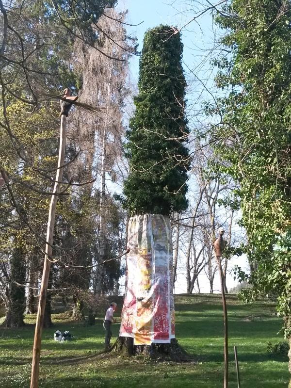 housse-d-arbre-art-au-jardin-parc-de-wersserling-samia-kachkachi-8