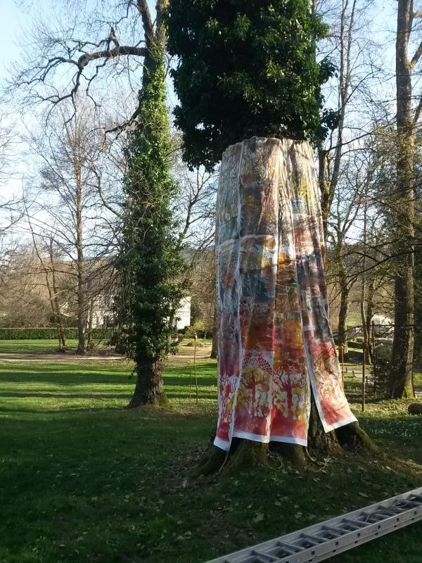 housse-d-arbre-art-au-jardin-parc-de-wersserling-samia-kachkachi9